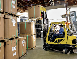 Bulk Packaging - Man operating forklift